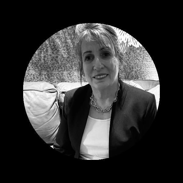 Maxine - Managing Director at Unicorn Wranglers Recruiting Agency